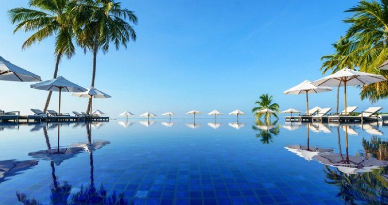 Conrad Maldives Rangali Island pool