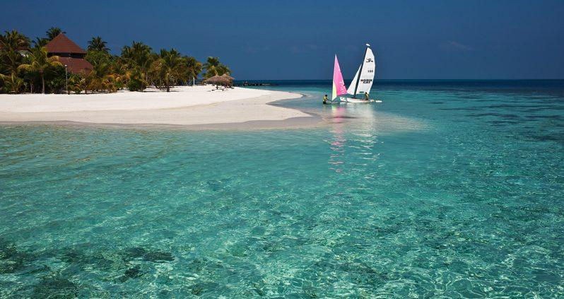 Diamonds Resorts Maldives - Athruga watersports