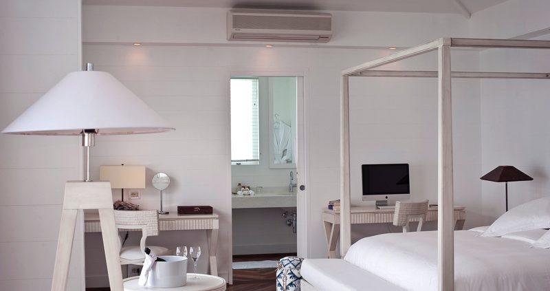 Diamonds Resorts Maldives - Athruga villa interior