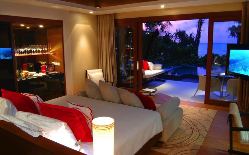 Pool at Niyama Maldives