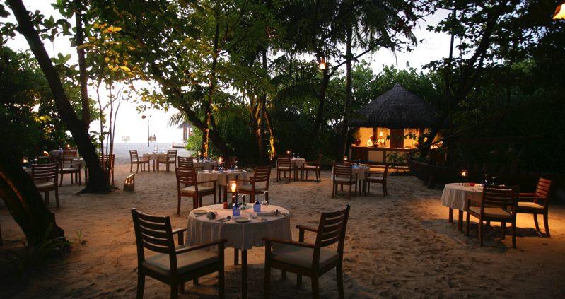 Coco Resorts Maldives - coco palm dhuni restaurant