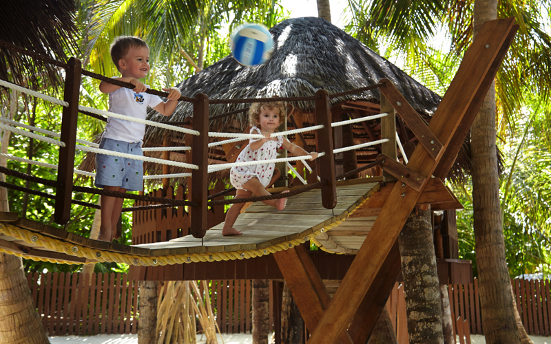 Baan Sanook Kids Club, Maldives