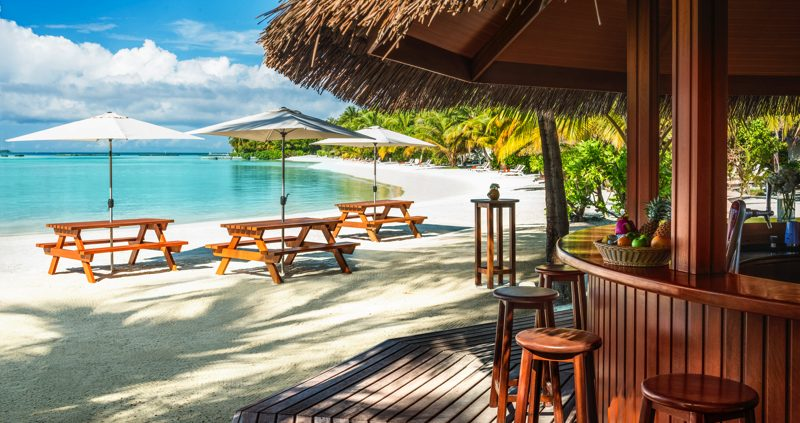 bar at Sheraton Maldives Full Moon Resort Maldives