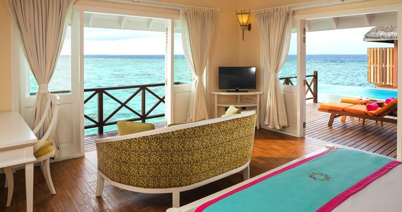 Vilu Reef Maldives - Water Villa Interior