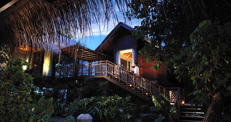 tree house at Shangri-La's Villingili Maldives