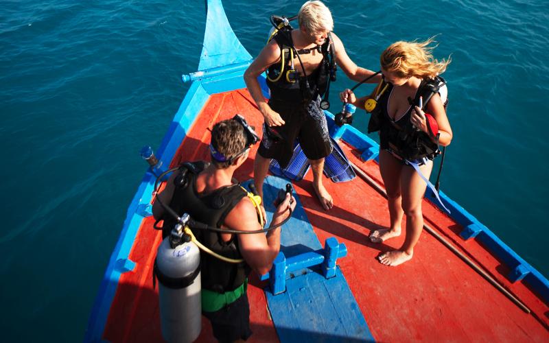 Diving at LUX Resorts Maldives