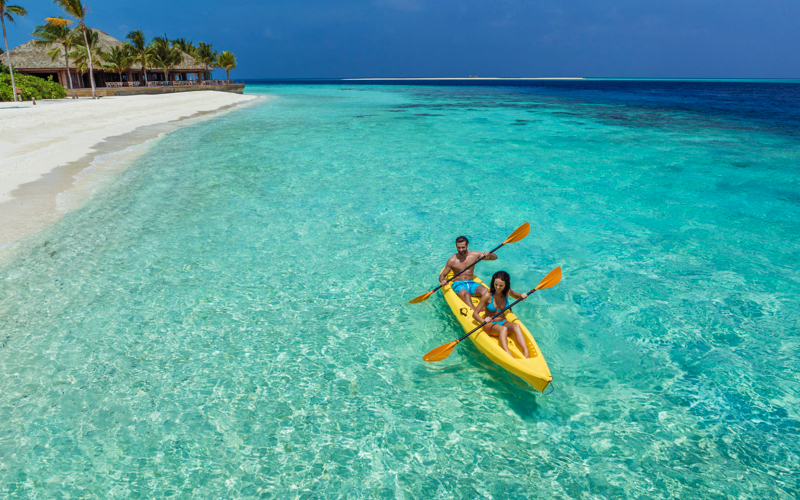 kayaking at Hurawalhi Island Resort Maldives