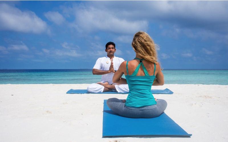 Finolhu Island Resort yoga