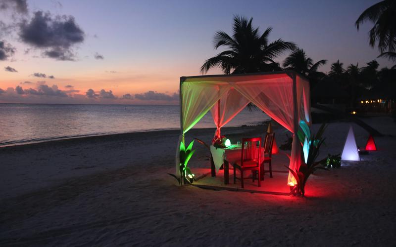 dining under the stars, Maldives