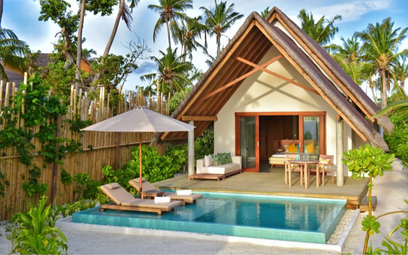 Fushifaru Island resort Beach villa with pool
