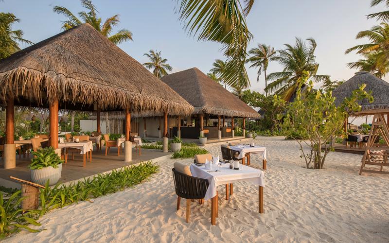 Raakani restaurant, fushifaru Maldives