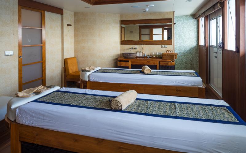 Scubaspa Maldives yacht