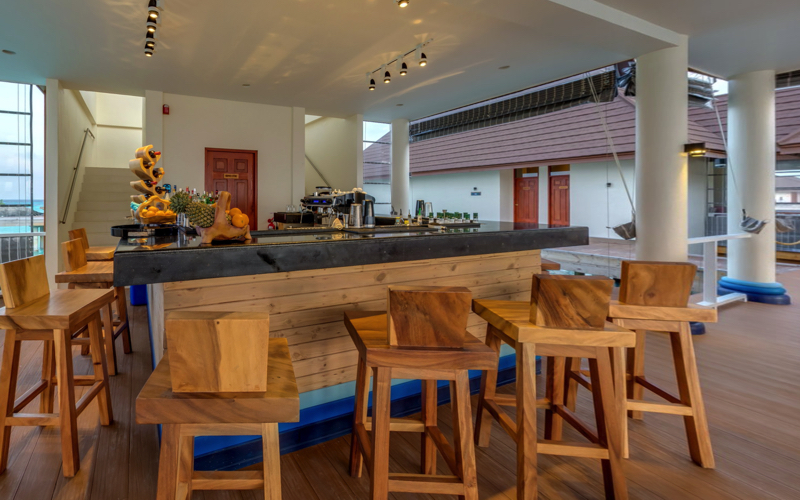 Varu Resort Pool Bar