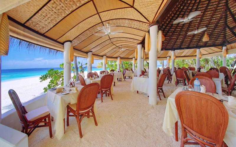 Angaga Island Resort, restaurant, Maldives