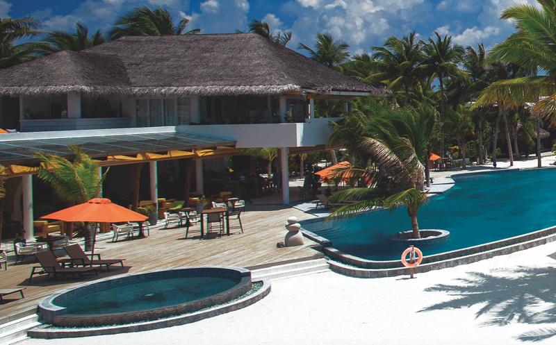Sangs Pool bar at OBLU Sangeli