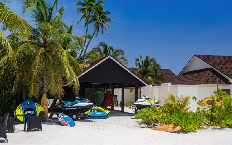 Water sports Dhigufaru Island Resort