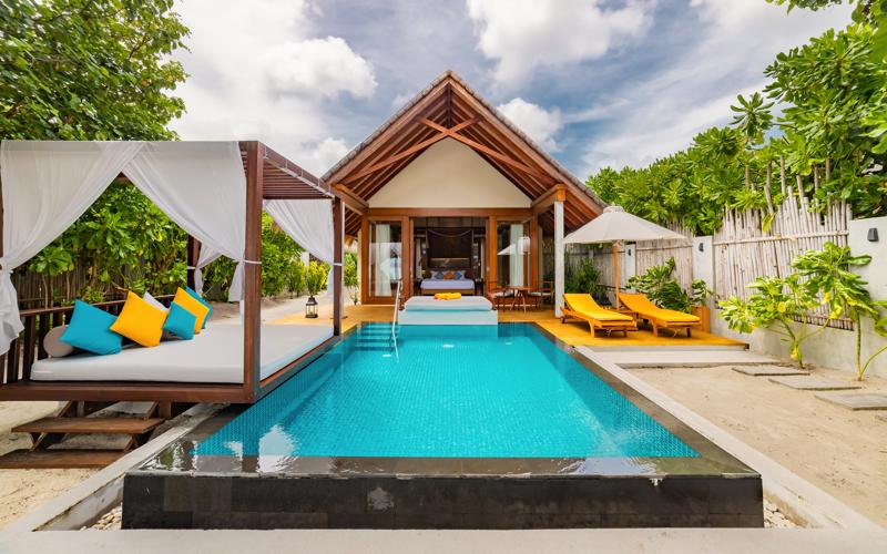 Furaveri Island Resort Beach villa with pool