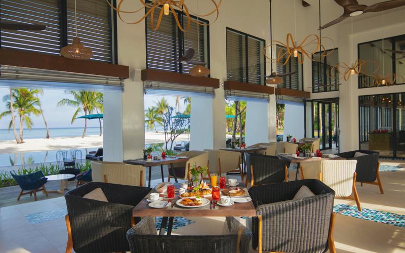 Melange Restaurant at Pullman Maamutaa Island Resort